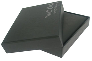 rigid boxes with uv logo